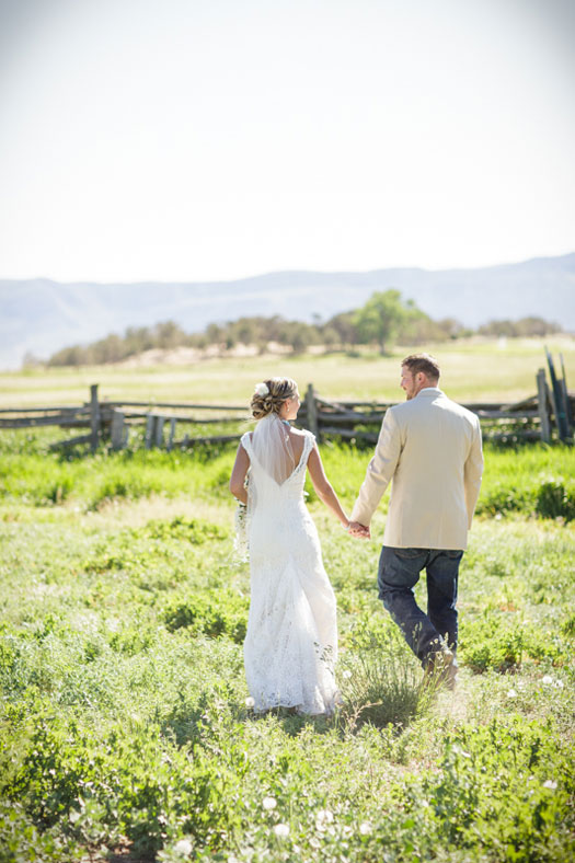 A Casual Country Wedding at Echo Basin Ranch