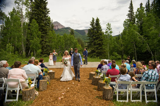 A Natural & Simple Wedding at Durango Mountain Resort