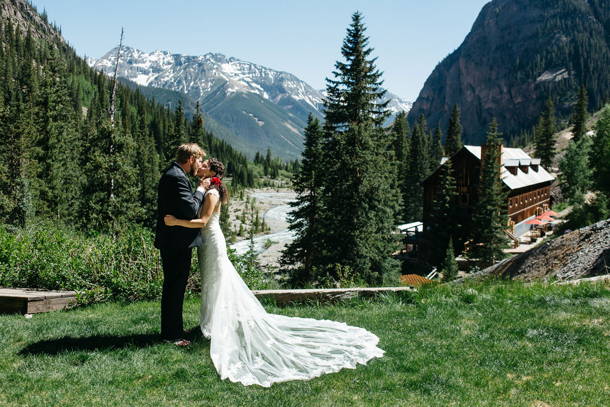 A Destination wedding at the Eureka Lodge in Silverton, Colorado