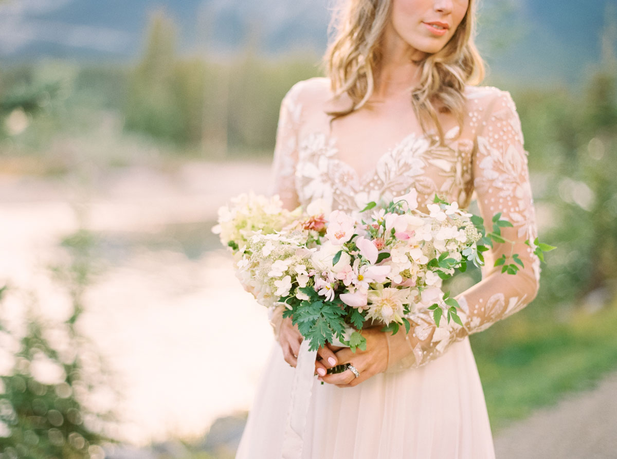 A Styled Mountain Elopement