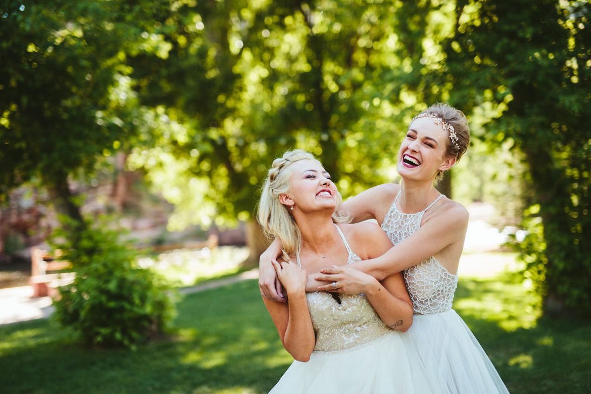modern-lesbian-wedding