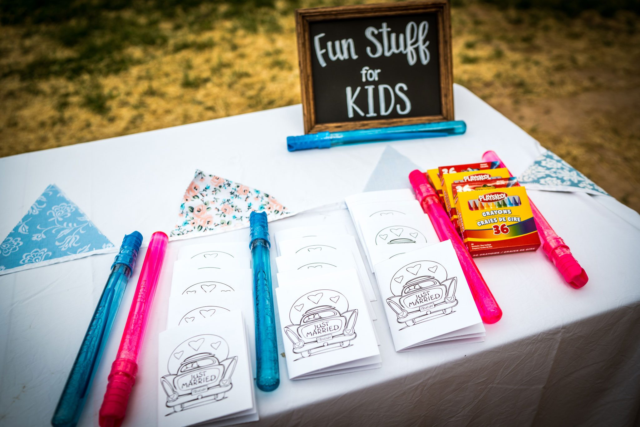 Kids Table | Weddings at River Bend Ranch, Durango
