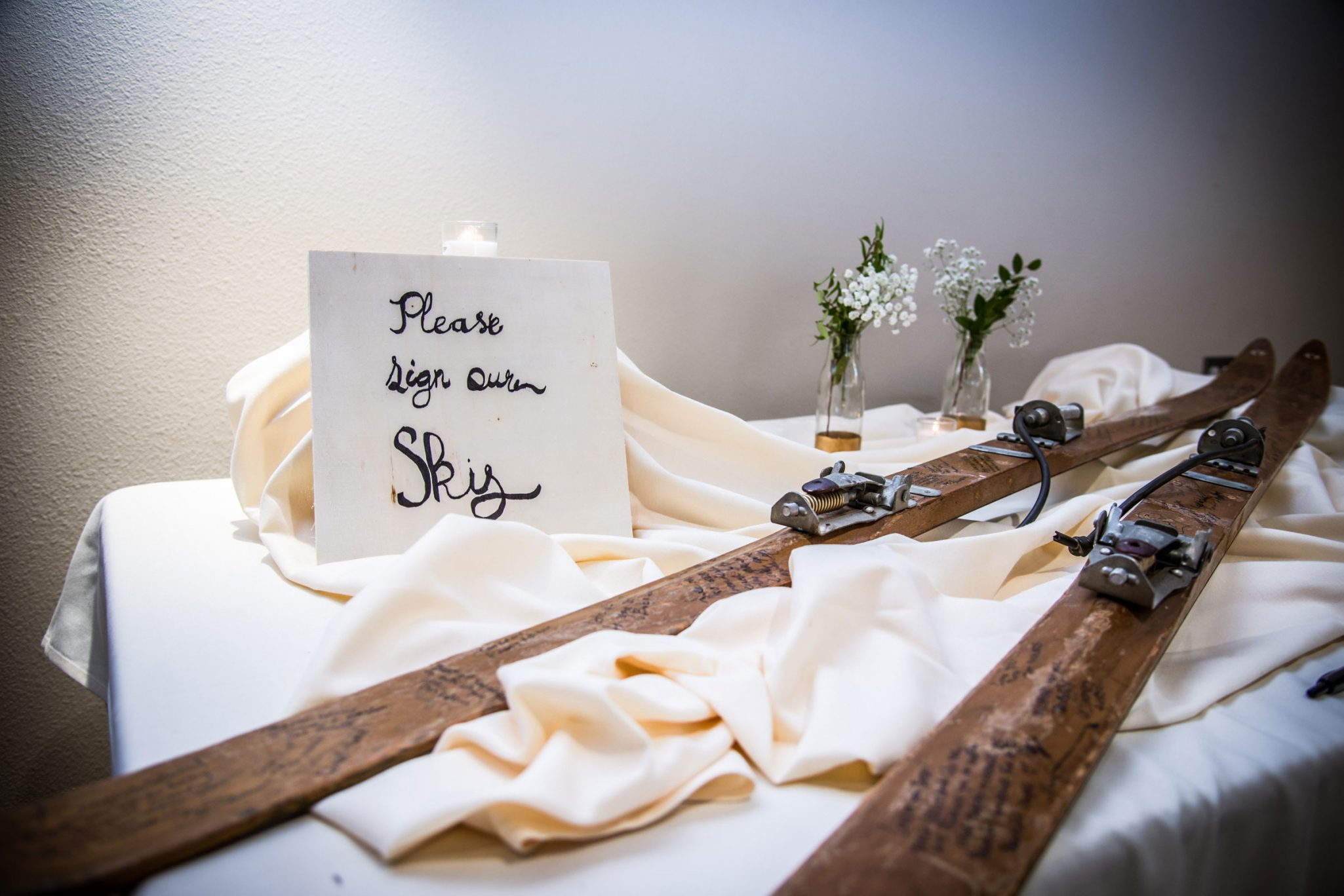 Guest book | Wedding reception at the Glacier Club, Durango Colorado