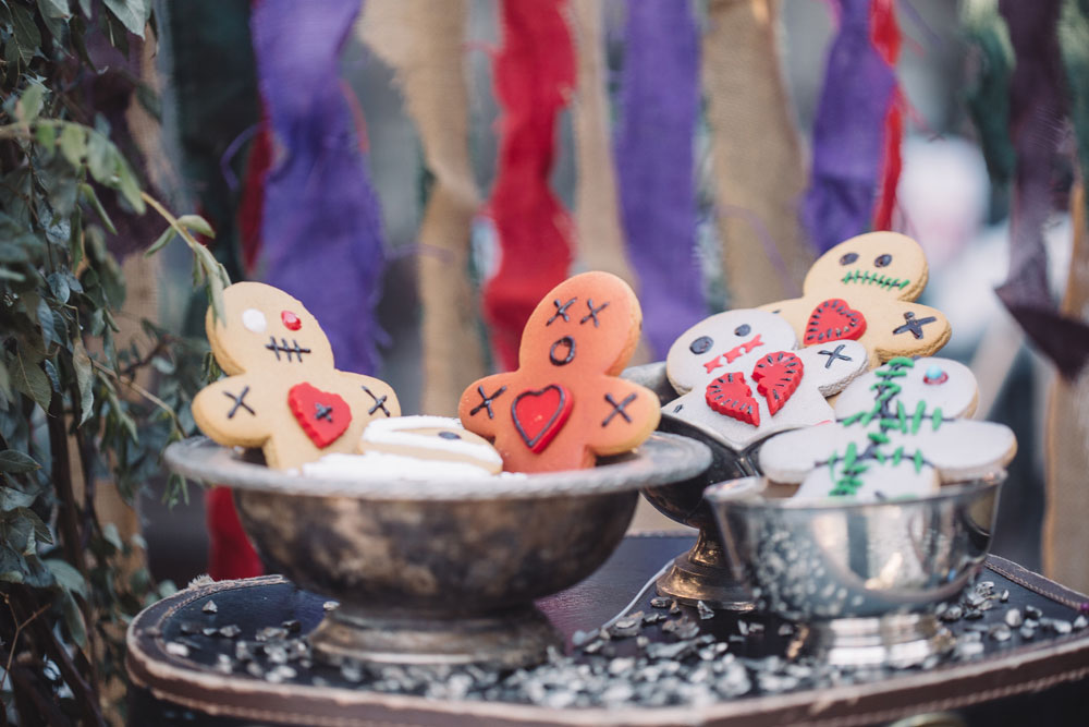 8 Fun Ideas for a Halloween Wedding or Day of the Dead Celebration