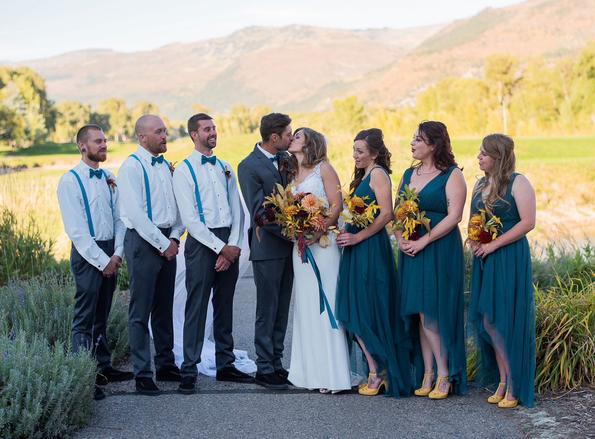 Vintage glam wedding party at Dalton Ranch Golf Club, Durango Colorado