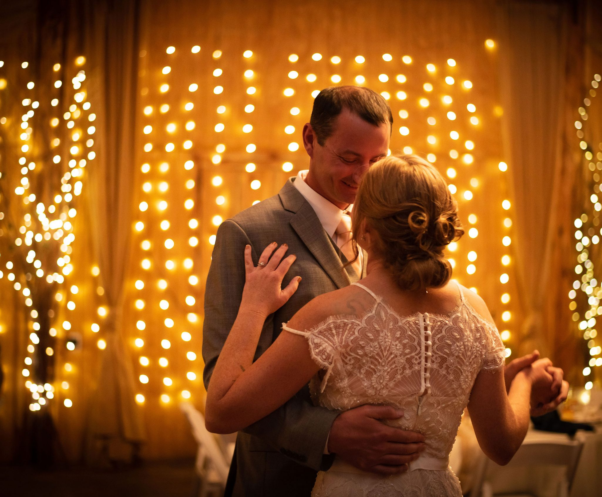 Wedding reception first dance with Bride and Groom | Durango Weddings Magazine