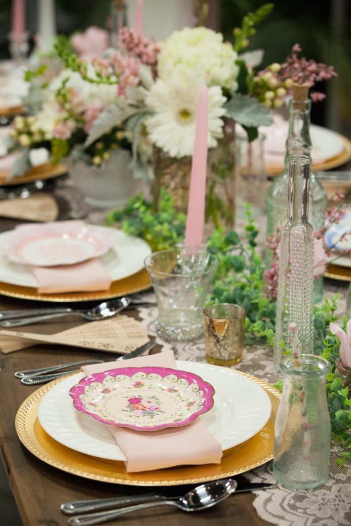 Reception tablescape