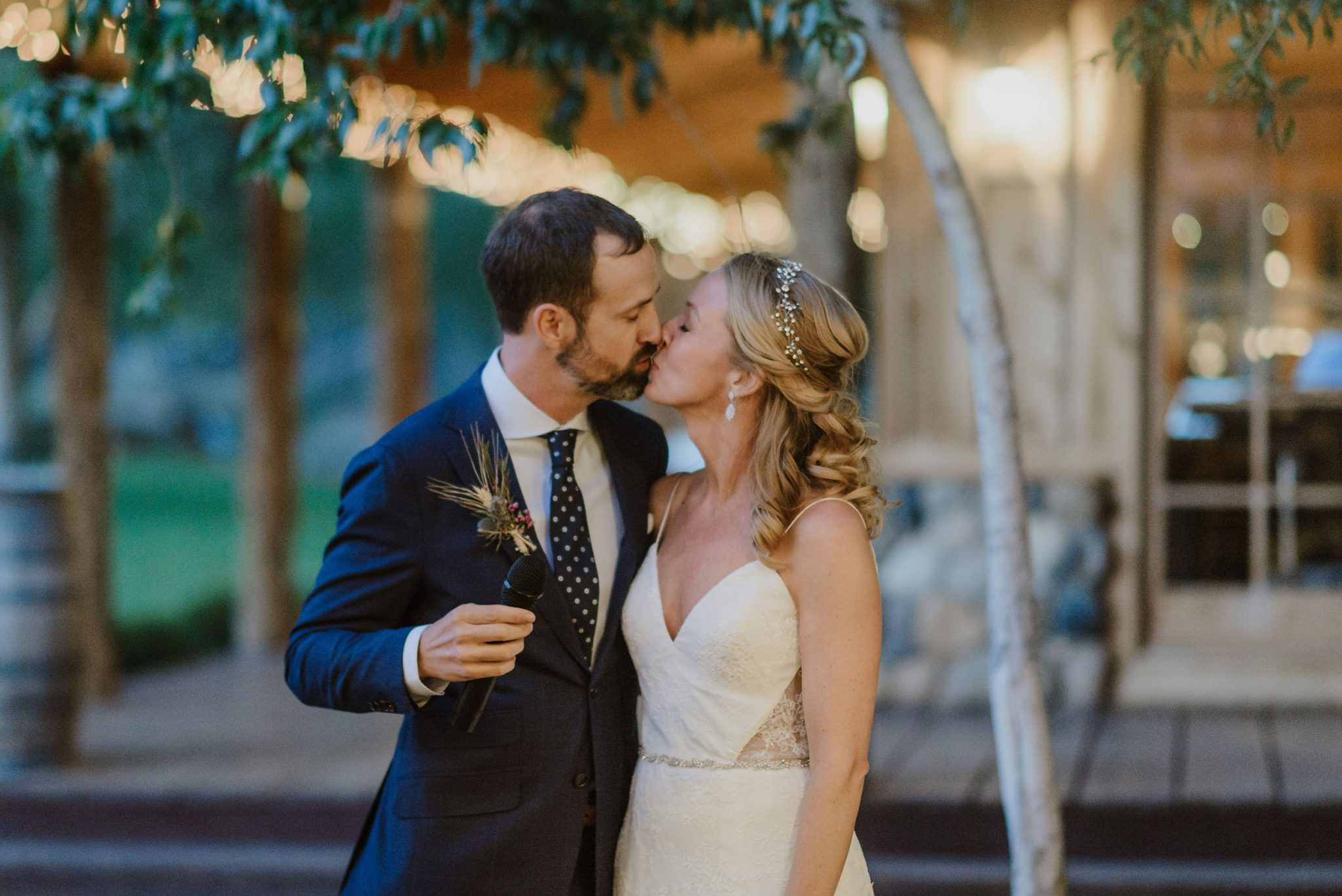A Dreamy Spring Wedding at Ridgewood Event Center / Durango Weddings Magazine