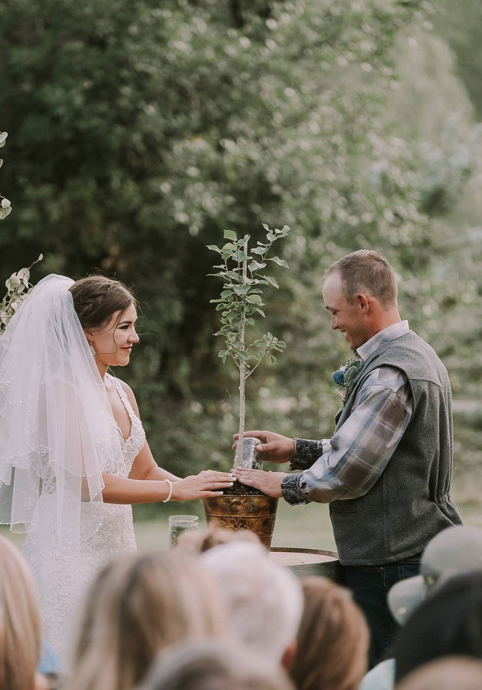 A casual outdoor wedding with a rustic vibe